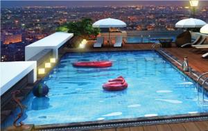 Cancun Skylark Newtown Kolkata Swimming Pool